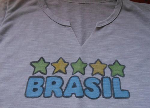 Customizando camiseta Brasil